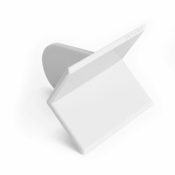 square corner fondant smoother. Perfect to achieve crisp edges on a square cake.